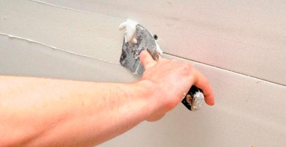 Ремонт трещин и швов на потолках