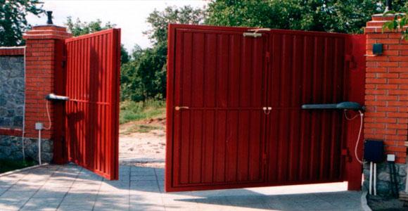 Ручная установка распашных ворот