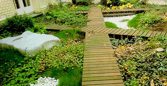 Устройство садовых дорожек — выбор материала